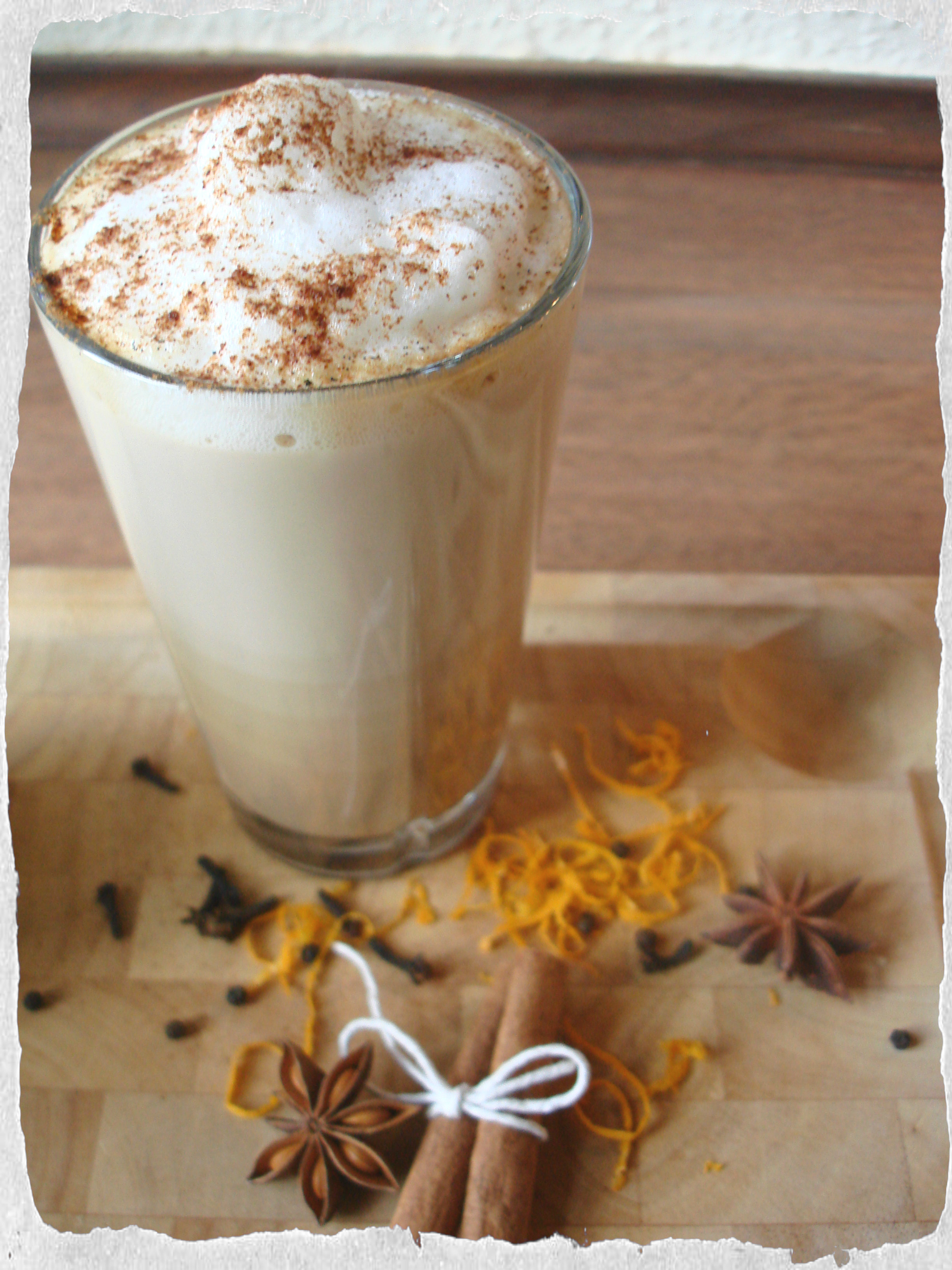 Homemade hot chai latte
