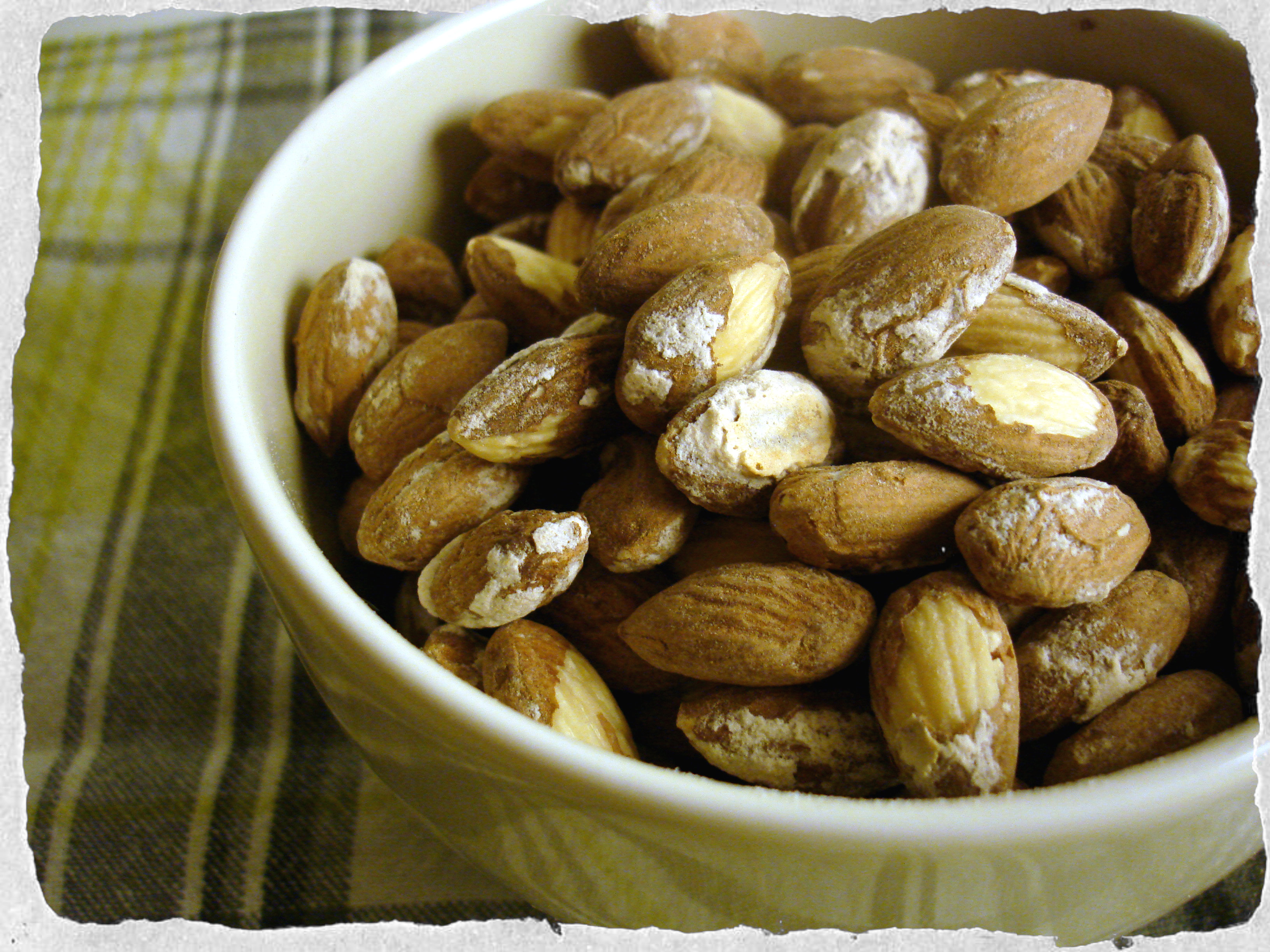 Perfect snack, salted almonds