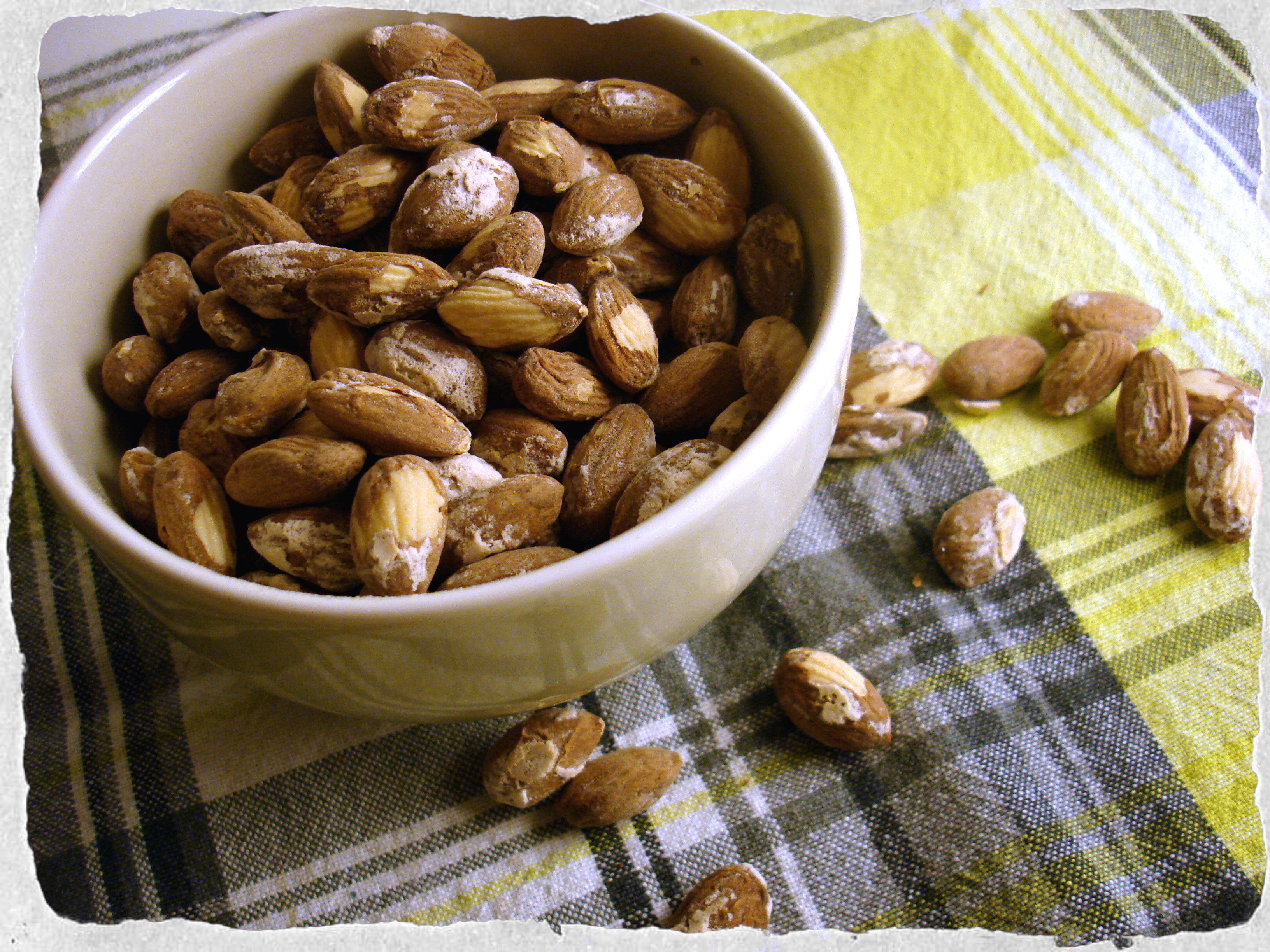 Salted almonds homemade